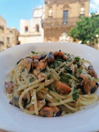 immagine Ammàri - Racconti e cucina di mare In Trapani