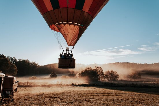Air Ventures Hot Air Balloon Flights