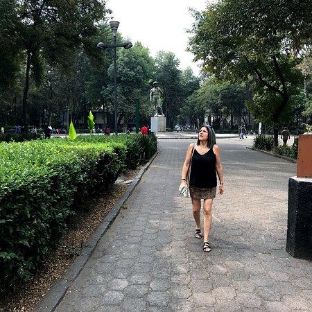 Ciudad Cuauhtemoc, Mexico: Plaza Río de Janeiro. Entre los variados lugares para caminar en Roma Norte. 2019