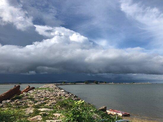 Pak Nam Chumphon Beach