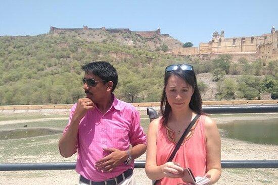 Tour Guide in Jaipur