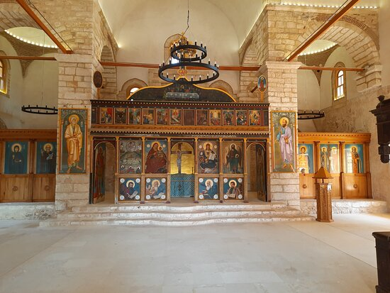 Pilos, กรีซ: intérieur de l'église