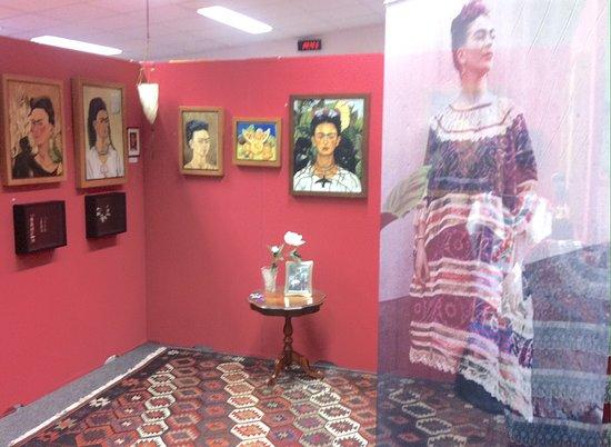 Frida Kahlo Ausstellung im Kunstmuseum Gehrke-Remund Baden-Baden