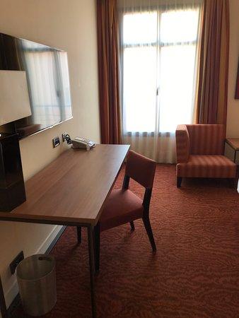 Hôtel bien situé avec de belles prestations