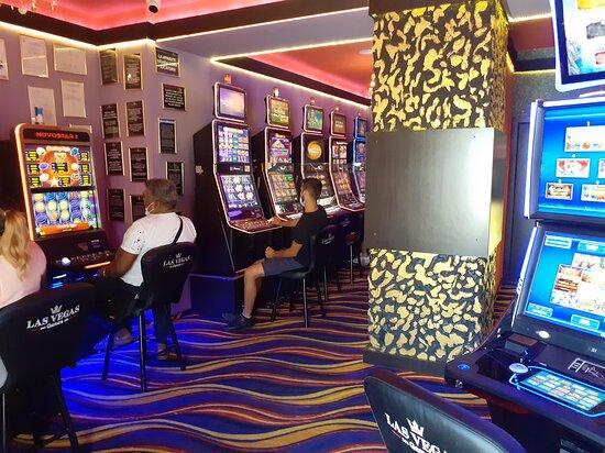 Focsani, Ρουμανία: Sală de jocuri Las Vegas Games – Focşani, Republicii - jocuri de noroc, sloturi, păcănele, jackpot-uri, pariuri sportive