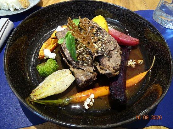 Eyguières, France: le paleron de boeuf en plat