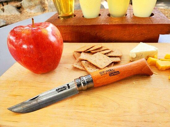 Quinn Knives & Backcountry Goods