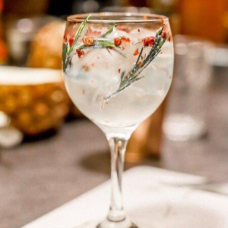Francisco Beltrao, PR: Se jogaaa!  Hoje é quarta!  Já da pra comemorar com um drink né?!