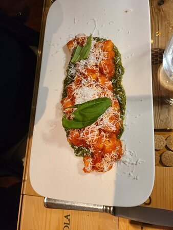 Momenti - Italian Cuisine