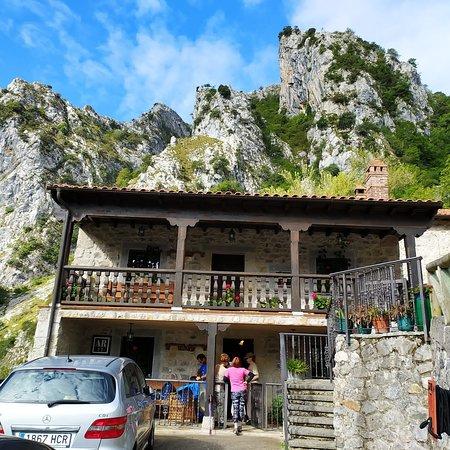 Camarmena, Espagne: El Portál del Abuelo