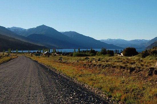 Discovering Neuquén, among millenary pehuenes, lakes and Mapuche...