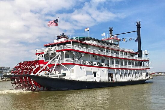 New Orleans Steamboat Natchez Harbor...