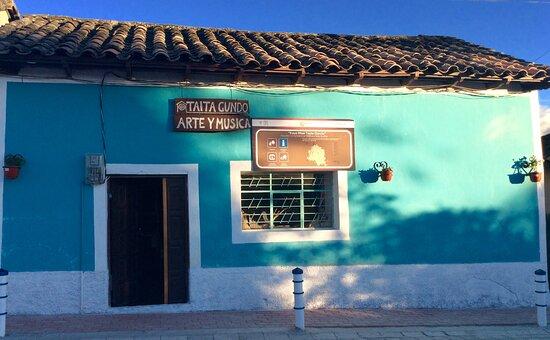 Peguche, Equador: getlstd_property_photo