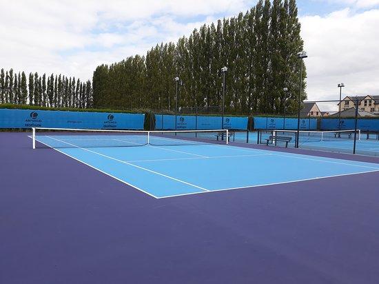 Club De Tennis La Tulipe Noire
