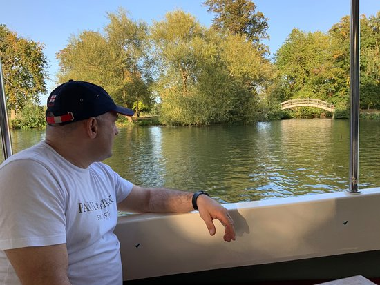 Oxford Sightseeing River Cruise Along The University Regatta Course – fotografia