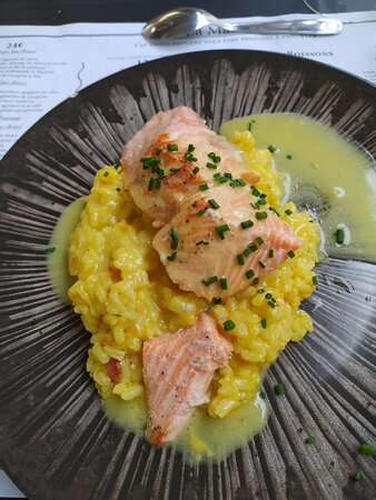 Mansle, Francia: Truite saumonée  with risotto
