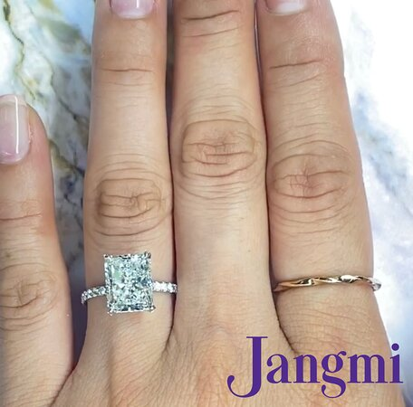4ct radiant cut on our platinum love fancy with under halo pave band