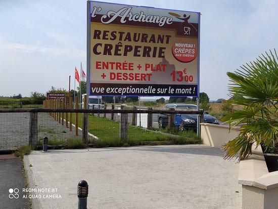 Huisnes sur Mer, Frankrig: Le panneau au bord de la route