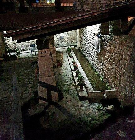 Fontana Vecchia