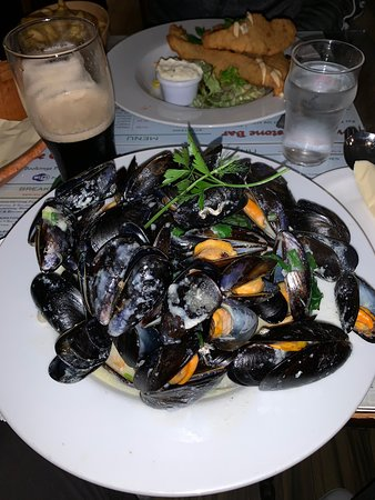 Mussels like I've never tasted mussels before