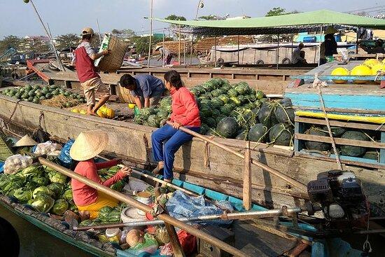 湄公河三角洲彩贝水上市场私人全日游