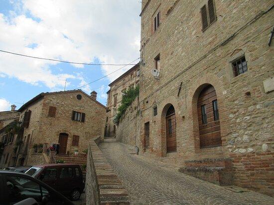 Borgo Di Montefortino
