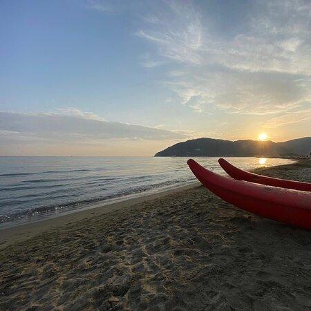 Marinella di Sarzana, Ιταλία: Mare 🌊 senza di te non potrei stare ...fino alla fine ...☺️