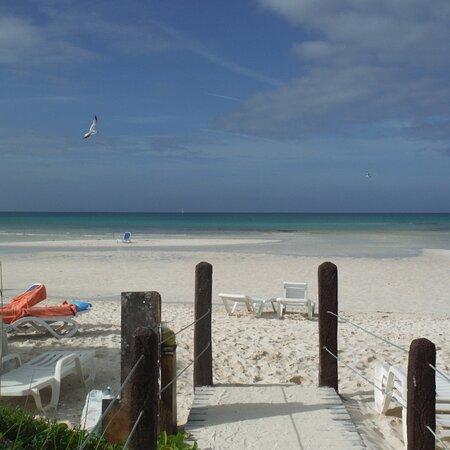 Cayo Coco, Cuba: Beach at Sol Cayo Covo.