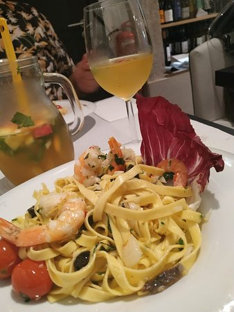 White sangria and fresh pasta with prawns, it was a bit spicy which I love :)