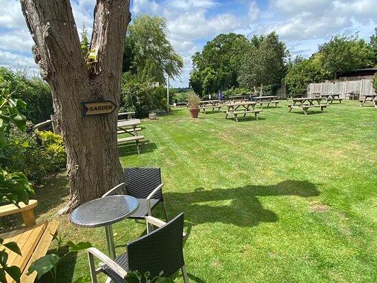 Newenden, UK: Beer Garden