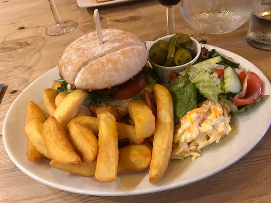 Simonsbath, UK: Burger & Chips