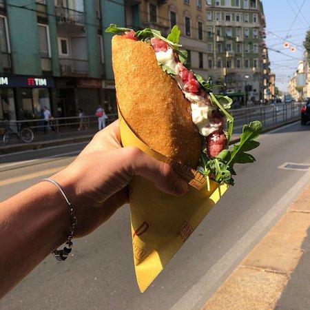 PANZAROTTI Food Beers & More  viale Bligny 1 Milano