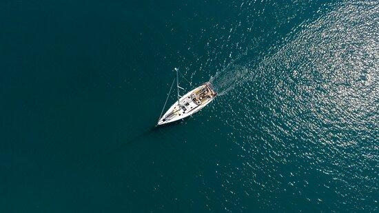Fair Wind Yacht Charter