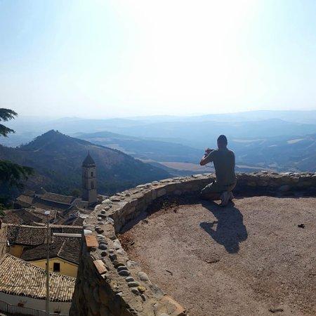 Sant'Agata di Puglia, Italia: La passione per la foto non si è spontanea quando hai un soggetto tanto meraviglioso