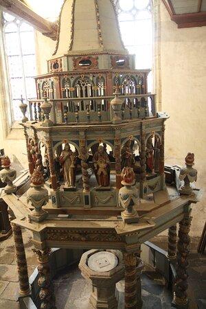 Lampaul-Guimiliau, Γαλλία: Baptistère