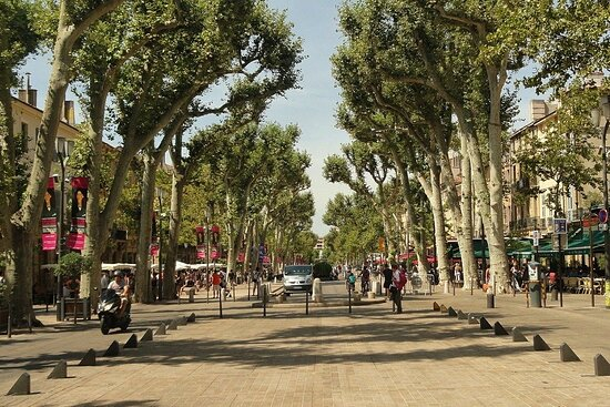 Do Eat Better Experience - Aix-en-Provence Food Tour