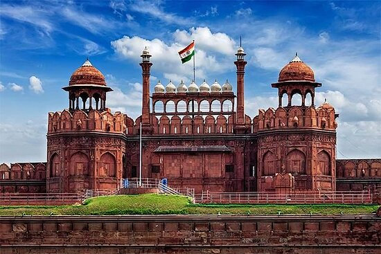 Private Old and New Delhi Full-Day...