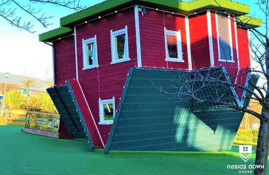 Upside Down House - Lakeside