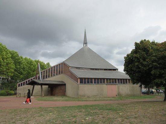 Chapelle Notre-dame-des-chênes