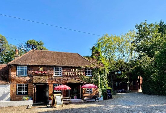 THE BELL, OUTWOOD - Outwood Ln - Menu, Prices & Restaurant Reviews -  Tripadvisor