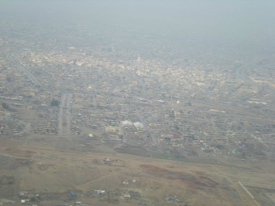 Mosul, Iraq: Outskirts of city on way out for R&R 2008