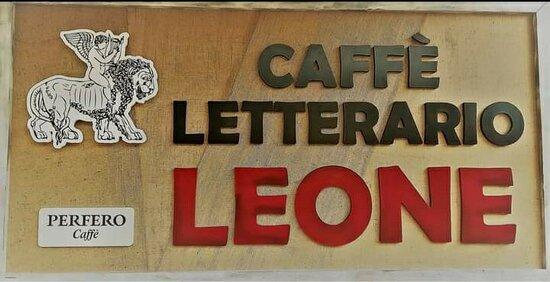 Muccia, İtalya: Caffè Letterario Leone
