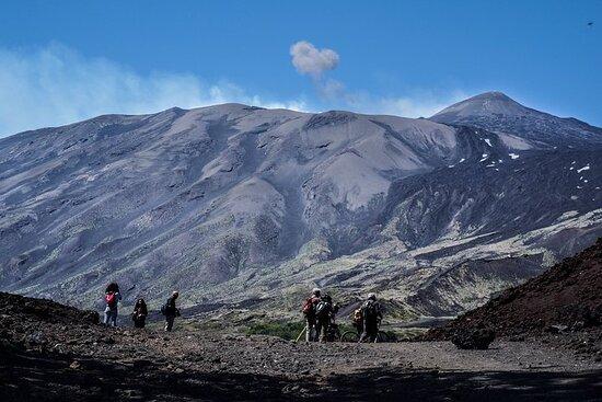 Excursión al Etna la erupción de 2002