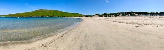 Bigton, UK : Spiggie Beach - completely deserted!