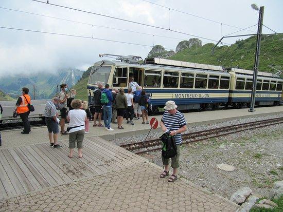 Train à crémaillère Montreux - Rochers-de-Naye