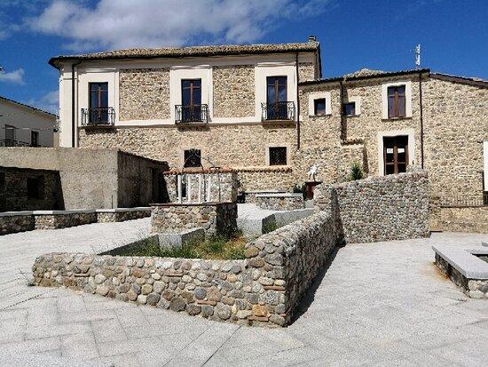 Centro Storico Di Montepaone