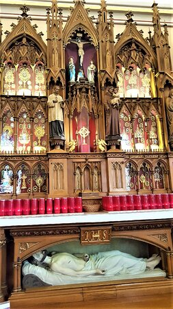 Maria Stein, OH: Main Altar with True Cross