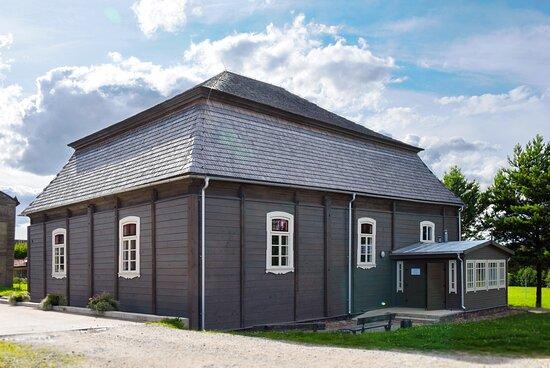 Pakruojis Synagogue (buiilt in 1801)