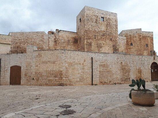 Sannicandro di Bari, Itália: Castello Normanno Svevo