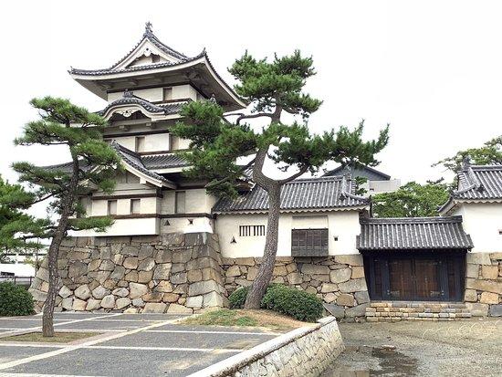 Takamatsu Castle Kitanomaru Tsukimi Yagura